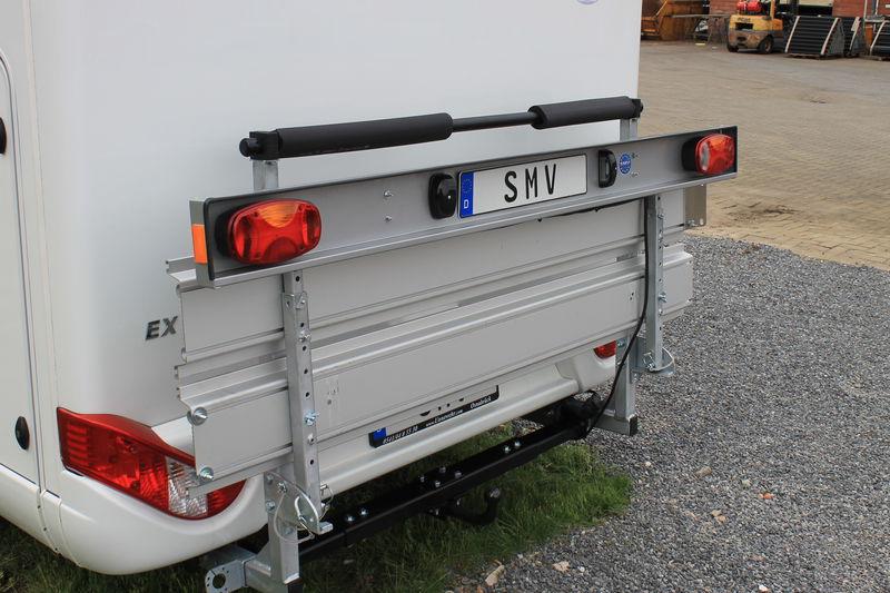 Porte moto radmax porte moto franssen vente d 39 attelages et pi ces d tach es - Porte scooter pour fourgon ...